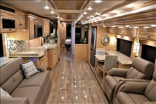 2019 Newmar Dutch Star 4054 - Image 3 of 64