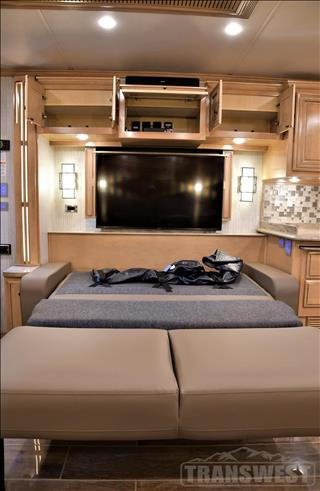 2019 Newmar Dutch Star 4054 - Image 28 of 64