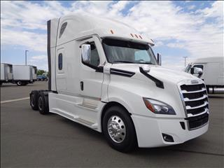 2021 Freightliner Cascadia - Image 3 of 19