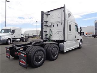 2021 Freightliner Cascadia - Image 4 of 19